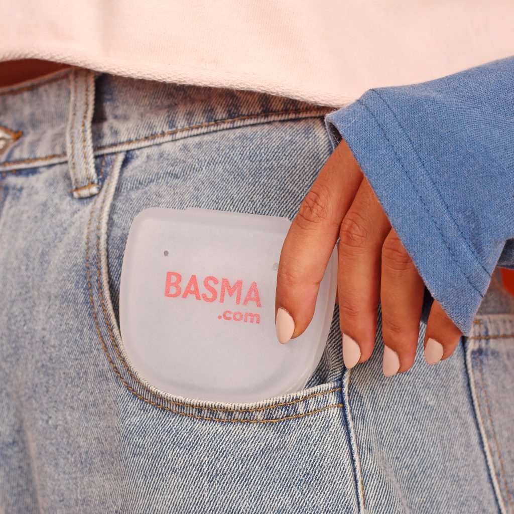 The Basma aligner case is great for keeping your aligners clean when you take them off.