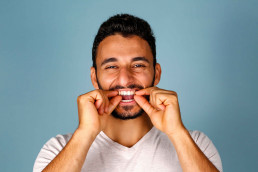 مثبّت الأسنان Straight Teeth Retainers BASMA